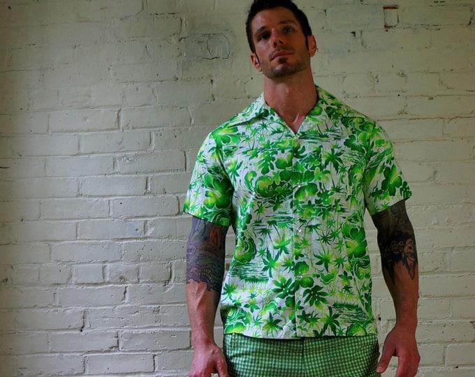 Surf King 1960s Vintage Aloha Shirt by Kimos Polynesian Shop MEDIUM Retro Vintage Hawaiian Shirt White Green Foliage Print Cotton Hawaii USA