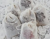 Lavender scented drawer/pillow/dryer/bath sachets made with Organic French lavender
