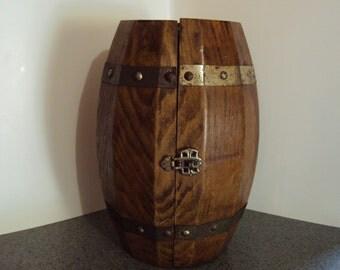 Cute Little Vintage Barrel