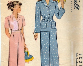 Vintage 1942 WWII McCall 5021 Girl's Two Piece Pajamas Wartime Sewing Pattern Size 8 Breast 26""