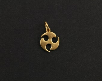 24k Gold Vermeil Over Sterling Silver Steam Punk Charm, Fancy Jewelry Component Finding. (VM/CH12/CR10)