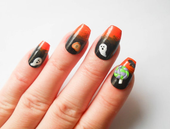 Items similar to Halloween Fake Nails, Acrylic Nails ...