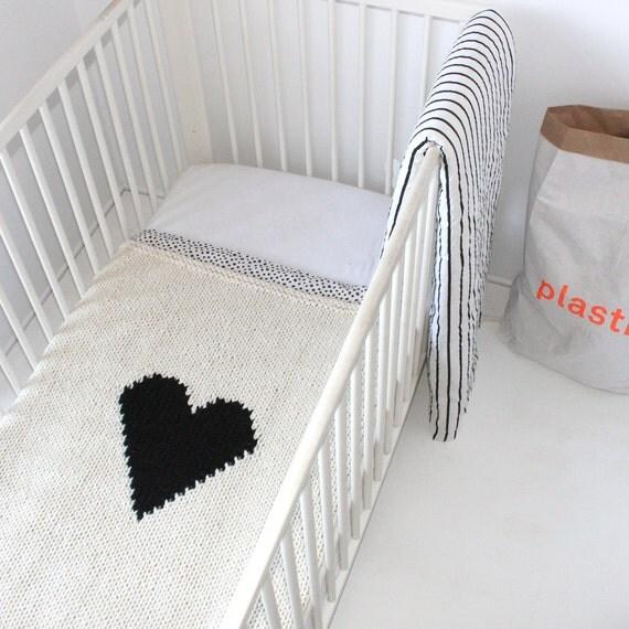 Knitting Pattern For Bassinet Blanket : Heart Baby Blanket Crib Size Hand Knit Baby Blanket for New