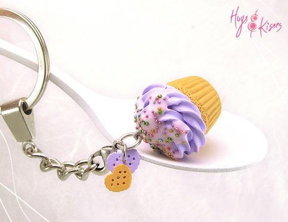 Scented Cupcake Keychain, Cupcake Pendant, Miniature Food KeyChain,Polymer Clay Food,Kawaii Accessory Food,Pastel Keychain,Cupcake Accessory