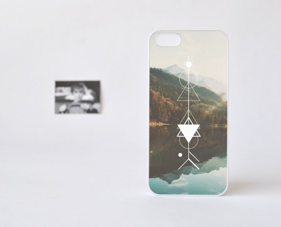 Hipster iPhone 4 Case - Arrow Lake iPhone 4s Case - Geometric Pattern over Lake Print - Plastic iPhone 4 Case - Accessories for iPhone 5s