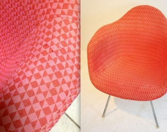 EAMES ALEXANDER GIRARD Pink and Red Millmosaic Diamond Bow Tie Pattern Herman Miller Fabric Cover Parchment Fiberglass Armshell Chair Rare