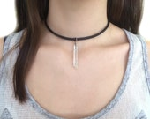 Quartz Pendant Choker - Collar necklace with quartz crystal charm