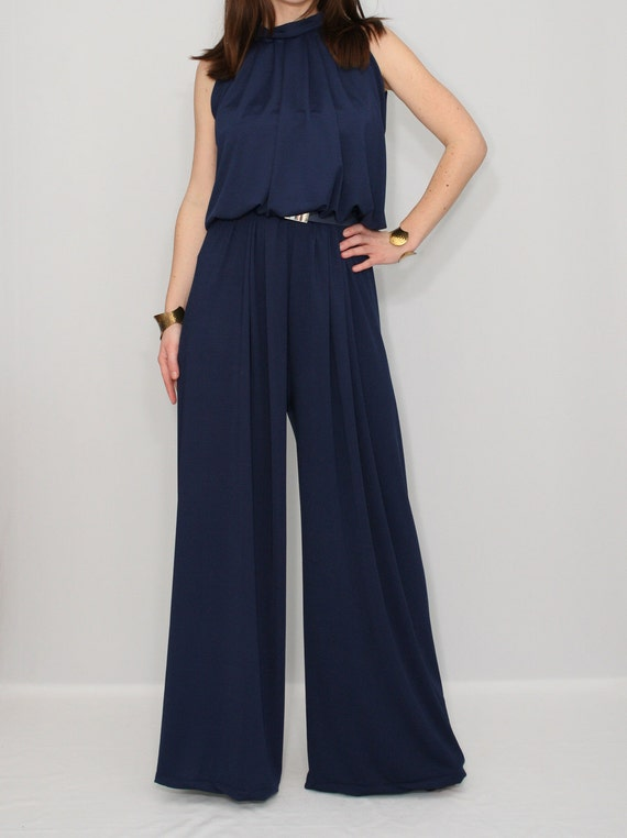 Fantastic Naturally, Elle Wore ASOS To F&234te The Brand, And She Turned Heads In An Absolutely Stunning Navy Blue Jumpsuit Jason LaVerisFilmMagic  HelloGiggles Is A Positive Online Community For Women Although Men Are Always Welcome!