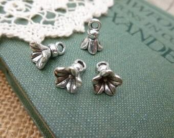 6x Flower Drop Charms, Antique Silver Necklace, Earring Pendants P128