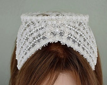 Vintage Ivory or White Bridal Wedding Cap w Appliques & Faux Pearls