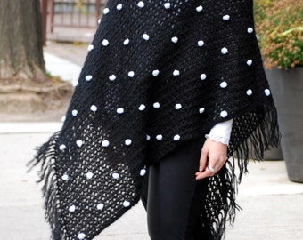 BLACK WHITE Poncho. Neutral Fall Winter Poncho With Oversized Collar Neck Warmer. Cardigan Sweater Jacket Alternative. Hand Knitted.