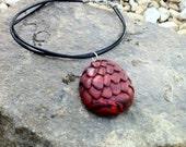 Game of Thrones inspired Daenerys Targaryen dragon egg pendant necklace