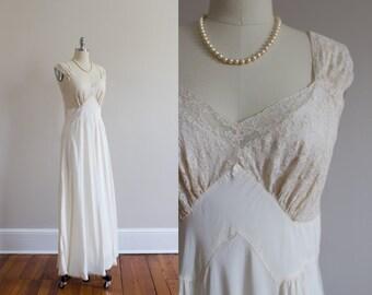 ON SALE 1940's Satin and Lace Bias Slip Dress Size M/L