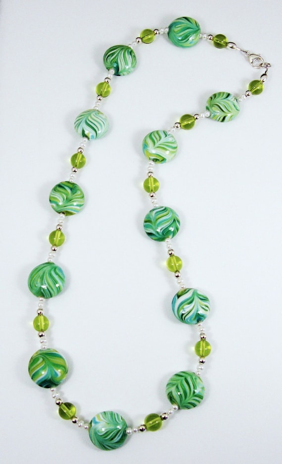 Swirl Glass and Pearl Necklace
