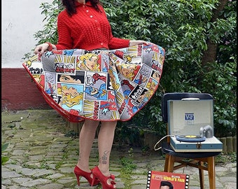 Circle skirt with comics printed