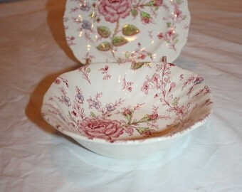 Beautiful  vintage Johnson Brothers, England, Rose Chintz Bread Plate and Bowl