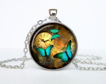 Steampunk necklace Steampunk pendant watch necklace Old Clock Steampunk clock jewelry
