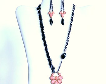 Elegant black and coral necklace and earring set