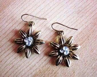 FREE SHIPPING*  Elegant Vintage Gold Diamond Flower Drop Earrings - Gold Tone