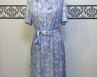 1960's  Spring Hipster Sack Dress, Size 14 / 16 Large / XL, Vintage Rockabilly Floral Day Dress, Wedding Reception