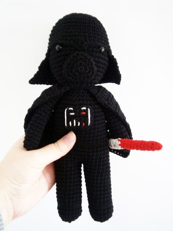 Free Amigurumi Snowman Crochet Patterns : Amigurumi Darth Vader Peluche Star Wars La por CrisCrossCrafts