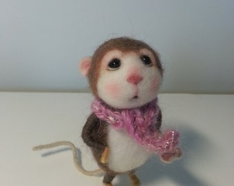MADE TO ORDER - Needle Felted Mouse Caly