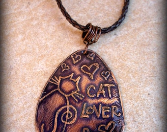CAT LOVER necklace Copper cat pendant Cat jewelry Etched cat necklace Gift for cat lover Boho cat jewelry Goth cat lady Kitty necklace Cats