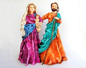 Nativity Scene - Paperclay Sculpture - Handmade / Handpainted / Contemporany / Art / Acrylic Paint / Nativity Set / Holy Family / Figure