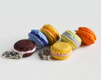 Crochet Stitch Marker, Polymer Clay sweets, Set of 4 multicolor Macaroons, crochet or knit stitch markers