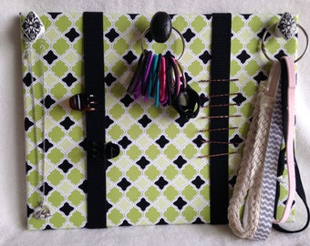 Small accessory/ hair/ jewelry organizer