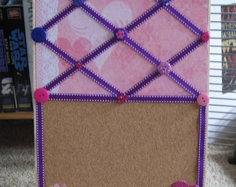 Cork and Ribbon Memo Board