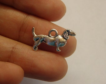 15 sausage dog charm pendant tibetan silver antique silver style double sided charm wholesale