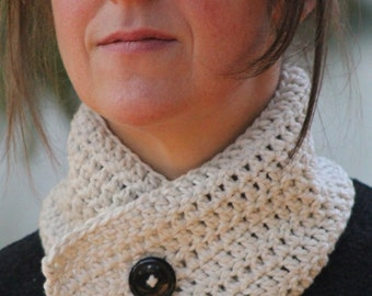 Lovely Organic Cotton Crocheted Cowl with Button