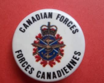 Canadian Forces. Forces Canadiennes Vintage Pin Back