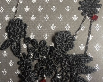 Black or white lace embroidery necklace