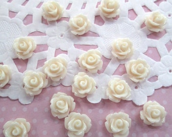 Peach Ivory 10mm rose cabochons, cute flower cabs