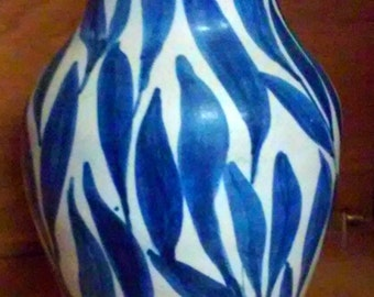 Early Antique Unusual Blue on White Southern, Kentucky, Louisville, Cherokee Pottery Pitcher