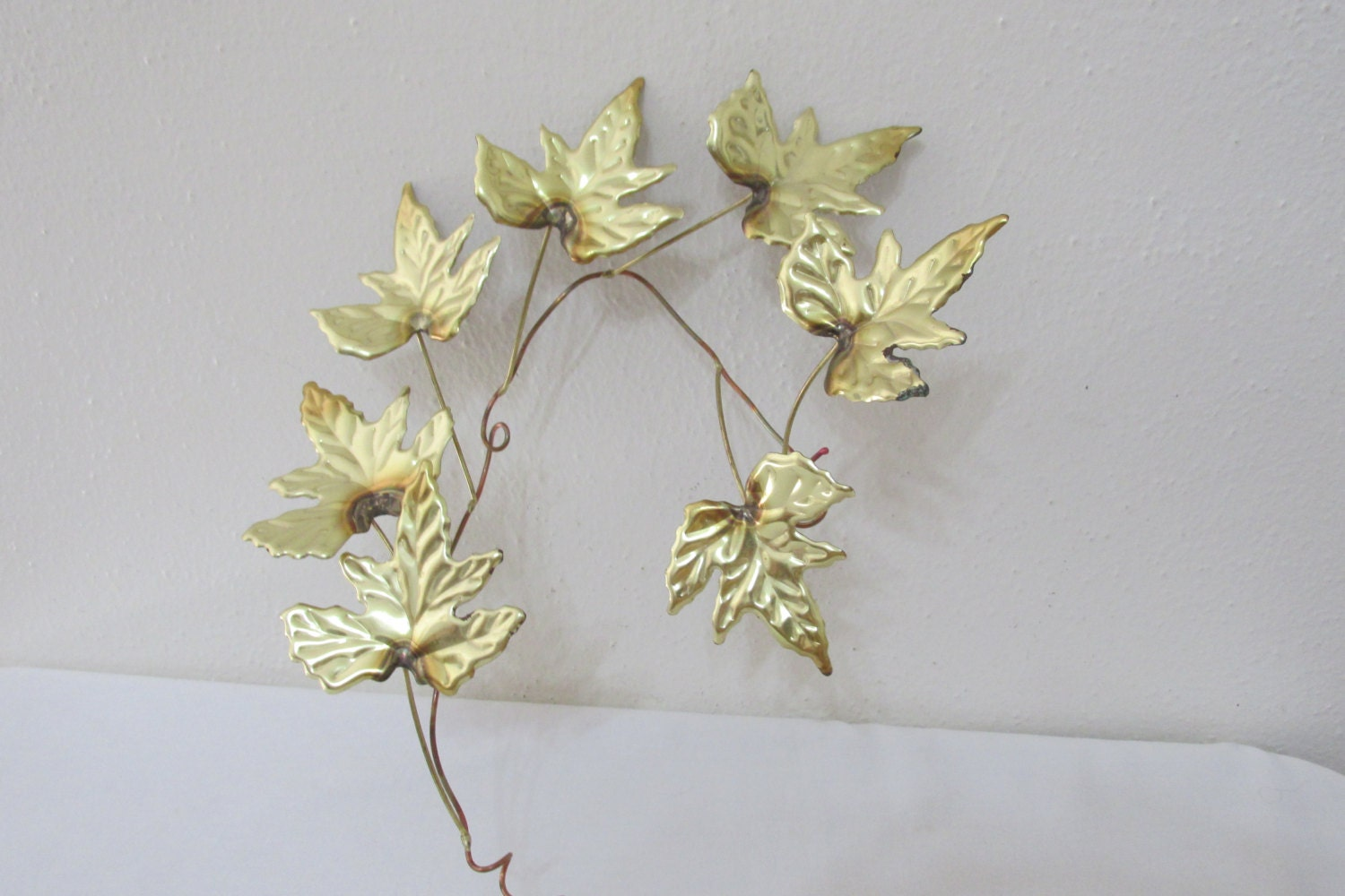 Metal leaf stem wall decor set of 8 for Metal leaf wall art