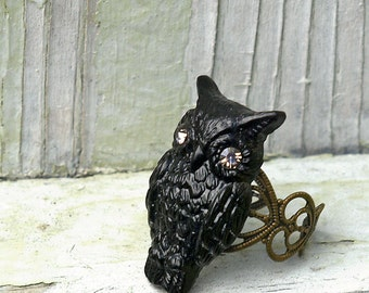 Black Owl Ring, Resin Owl with Crystal Eyes, Novelty Ring, Bohemian