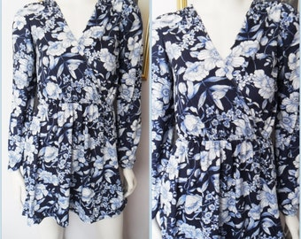Vtg.70/80s Crossover Bodice Blue White Floral Print Long Sleeve Mini Dress.S/M.Bust 36-40.Waist 26-34.