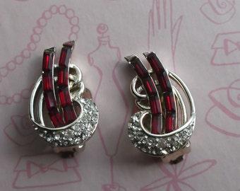 Vintage Kramer Signed Ruby Red Baguette & Clear White Rhinestones Clip On Earrings