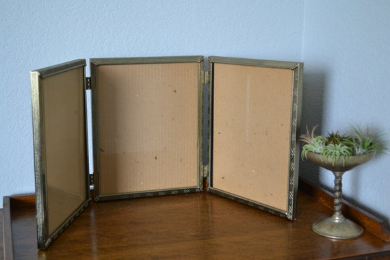 8x10 trifold triple picture frame hinged lovely silvery gold toned metal art deco shabby