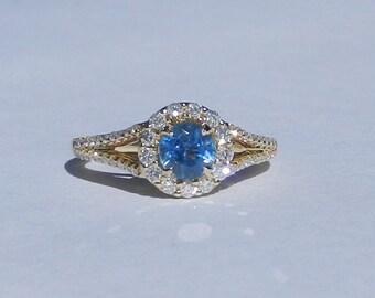 Natural Ceylon 1.34 Carat Sapphire & Diamond Engagement Ring 14kt Yellow Gold