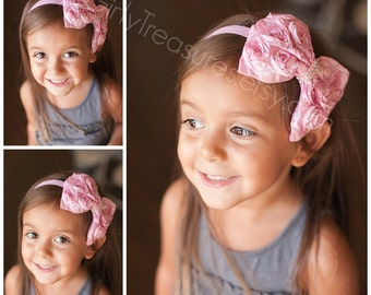 Pink Bow Headband. Pink Rosette Headband. Baby Headband. Newborn Headband. Photo Prop. Birthday Girl Headband.