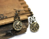 "Bird Talon Earrings, Antique Button Jewelry, Victorian Claw Drops, Reptilian Macabre, Screwbacks 1800s, early 1900s - ""Prey Upon My Heart"""