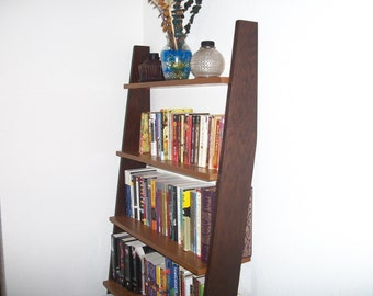 5 Tier Leaning Wood Bookcase - Oak