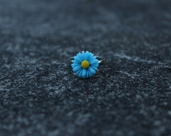 Blue Daisy Ring, Adjustable Size.