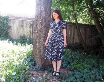 vintage dress Laura Ashley soft cotton Floral 40s style 12
