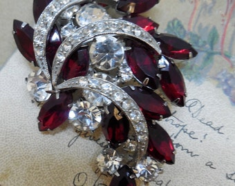 Red Marquise Rhinestone Holiday Brooch w/ Pave Crescent Ribbons