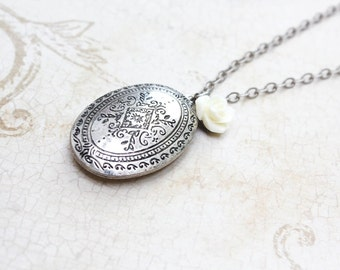 Antique Silver Locket Necklace Cream Off White Rose Charm Pendant Vintage Style Photo Locket Keepsake Jewellery Mementos Secret Hiding Place